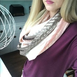 Accessories - Metallic bronze and peach Scarf